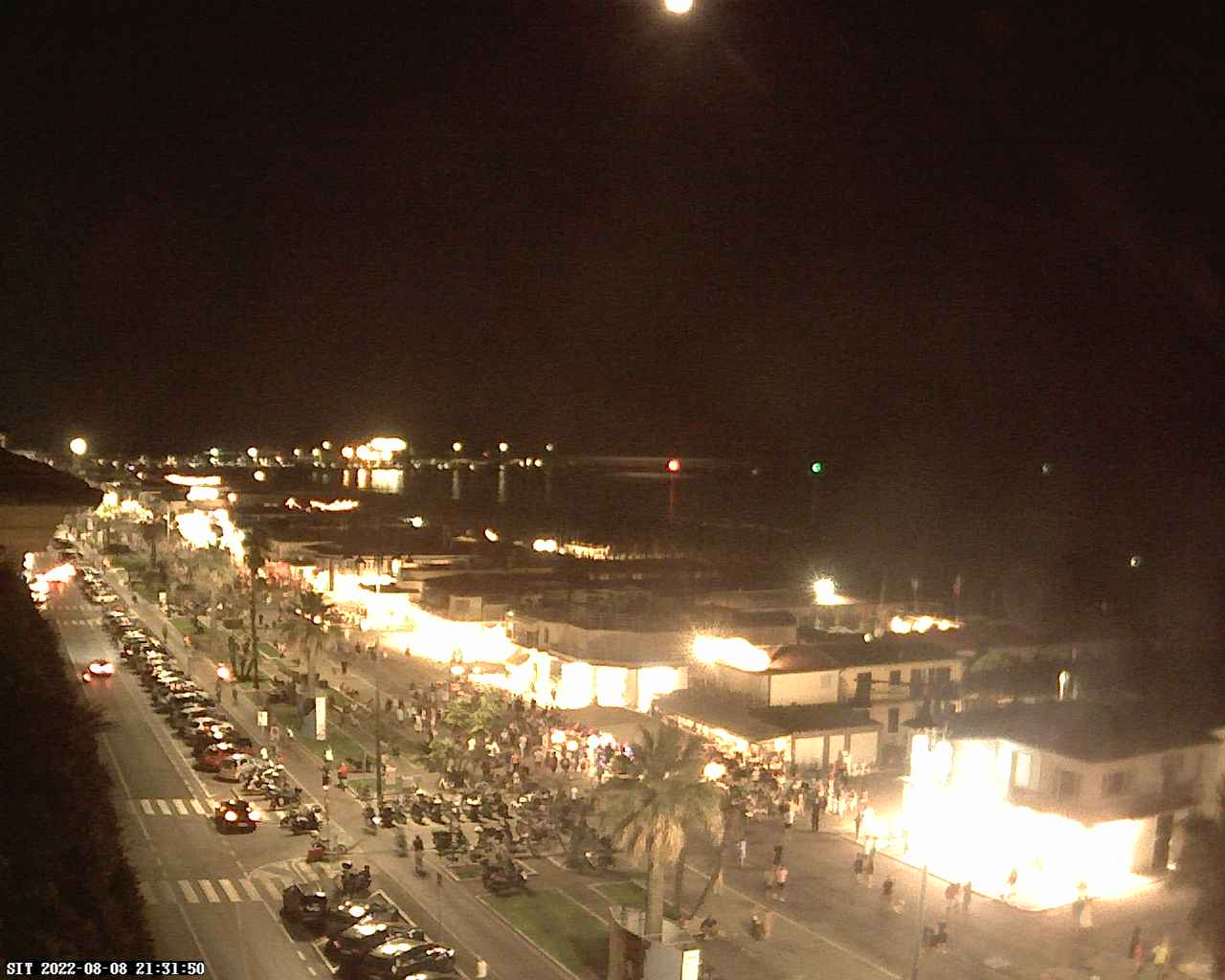 Versilia Weather Webcam - Click on the image to enlarge
